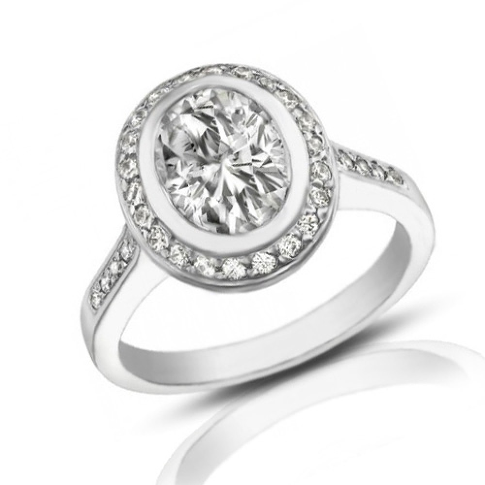 2 05 Ct Ladies Oval Shape Diamond Engagement Ring