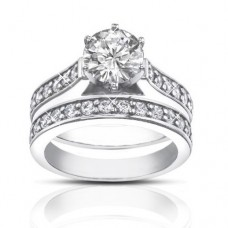 1.80 ct  Ladies Round Cut Diamond Engagement Accented Ring Set